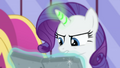 Rarity casting magic in flashback S4E23.png