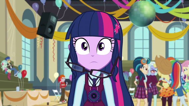 File:Twilight Sparkle's hair falls (new version) EG3.png