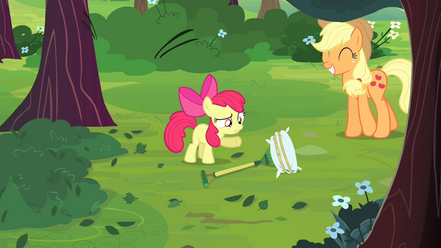 File:Apple Bloom pointing at rake S4E17.png