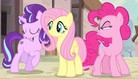 """Starlight singing """"other ponies argue"""" S5E1"""