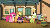 Pinkie Pie and Applejack with the journal S4E09