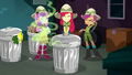 Apple Bloom closes the trash can again SS11.png