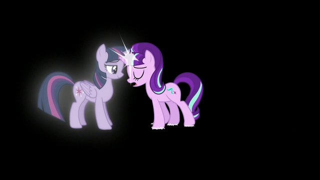File:Starlight bumps to Twilight S5E26.png