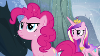 Pinkie looking determined S5E11