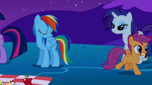 File:Scootaloo leaves with the eaten apple S1E26.png