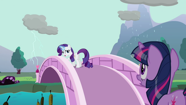File:Rarity manipulating rain clouds S03E13.png