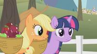 Applejack with Twilight S01E03