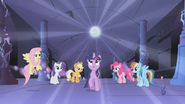 Element of Magic hovers over Twilight S1E02