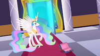 Princess Celestia empty case S2E01