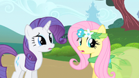 Rarity & Fluttershy catch ear S1E20