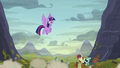 Twilight looking down at the fighting S5E23.png