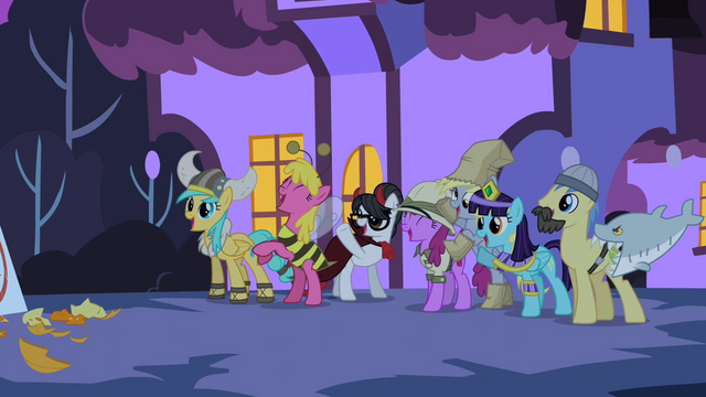File:Derpy and Crew S2E4.png