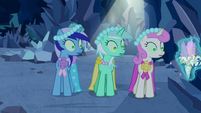 Minuette, Lyra Heartstrings and Twinkleshine distracted S2E26