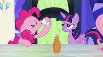 Pinkie Pie sips the potion S5E22