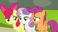 Sweetie Belle still knows how to handle this S4E15