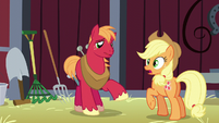 Big Mac about to talk; Applejack's cutie mark glows S5E17