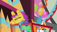 Pinata comes to life and sneezes S7E12