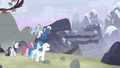 Starlight flees toward the mountain S5E2.png