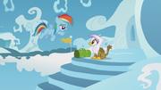 Young Rainbow says hi to Gilda S5E8.png