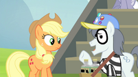 """Silver Shill """"This is more of a uniform"""" S4E20"""