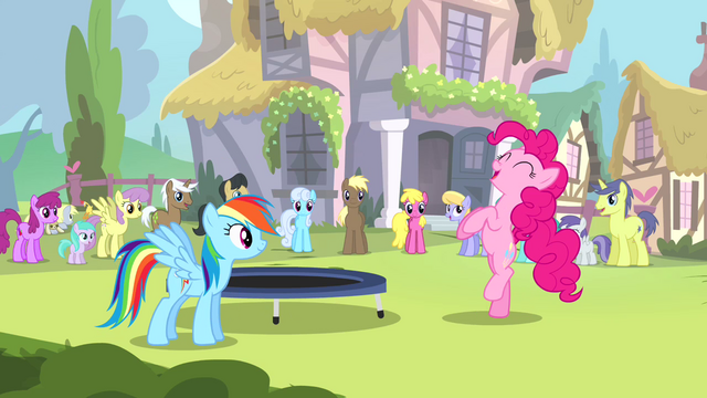 File:Rainbow watches Pinkie dance S4E12.png
