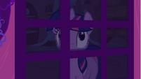Twilight looking through door S1E24