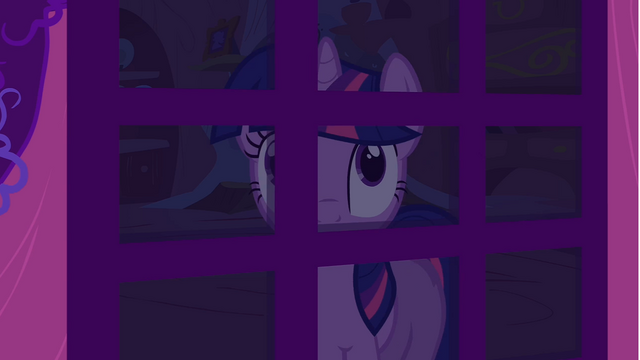 File:Twilight looking through door S1E24.png
