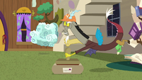 Discord stamping the package S7E12