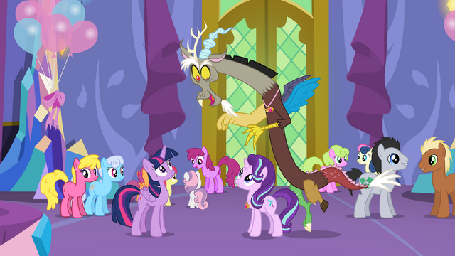 File:Discord talking to Starlight S7E1.png