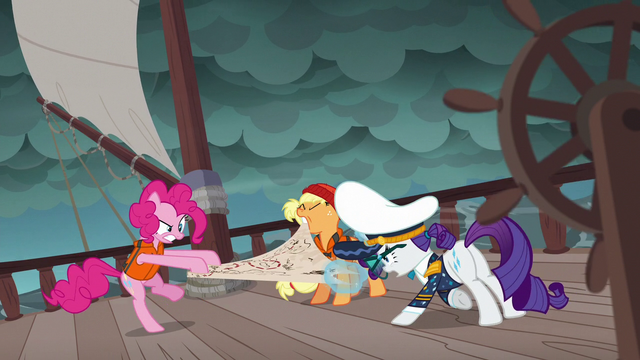 File:Ponies fight over the map in Pinkie's story S6E22.png