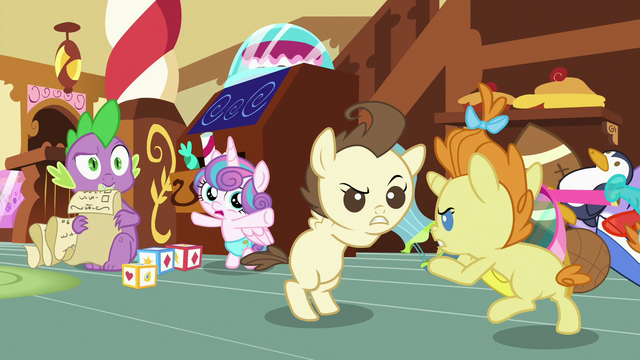 File:Spike sees Pound and Pumpkin fighting S7E3.png