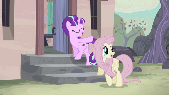 File:Starlight points at the village S5E02.png