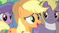 Applejack It Seems to Work for Granny S4E20