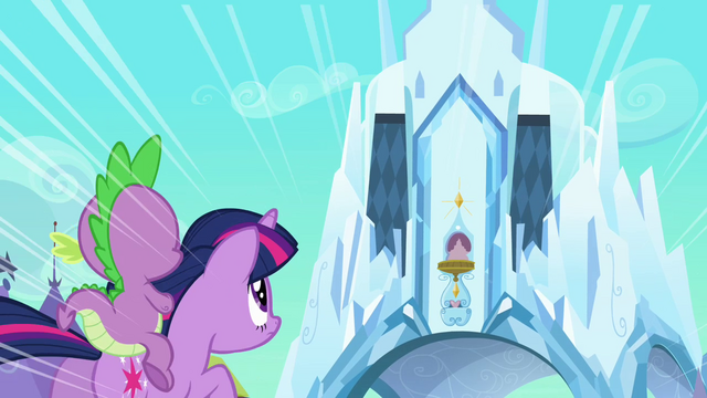 File:Spike 'The castle' S3E2.png