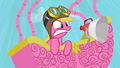 Cherry Berry frightened in a hot air balloon S2E08.png