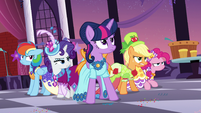 Twilight and friends ready to fight S5E7