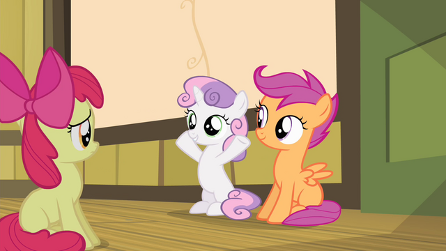 File:Sweetie Belle smiling at Apple Bloom S4E17.png