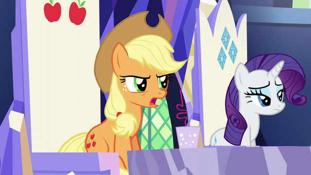"File:Applejack ""what kinda fertilizer"" S5E22.png"