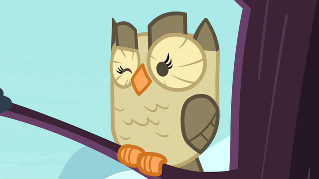 File:Owlowiscious winking S4E23.png