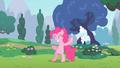 Pinkie Pie fail S2E13.png