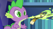Spike sends another scroll to Princess Celestia S6E15