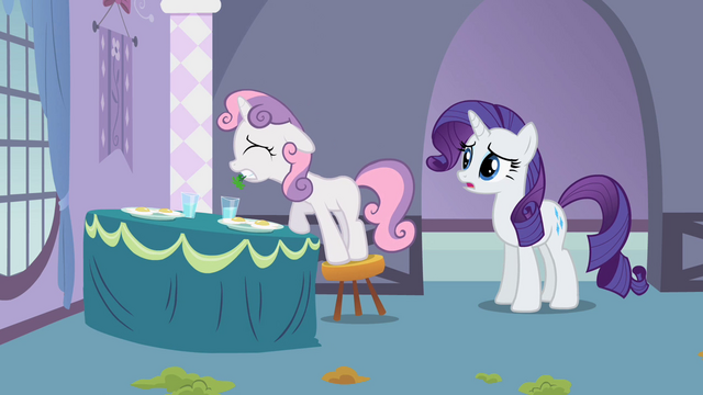 File:Sweetie Belle trying to put parsley S2E05.png
