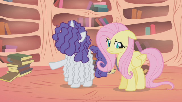 "File:Rarity ""there doesn't seem to be a thing wrong with her"" S1E09.png"