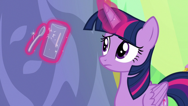 File:Twilight Sparkle tapping a spoon on a glass S7E1.png