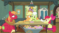 Applejack and Granny Smith S3E08