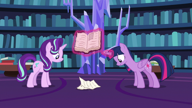 File:Twilight and Starlight look at crumbling pages S7E14.png