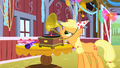 Applejack starts the music S1E25.png
