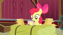 Apple Bloom continues reading replies S3E08