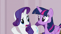 "Rarity ""isn't it called Manehattan Escapes"" S7E2.png"