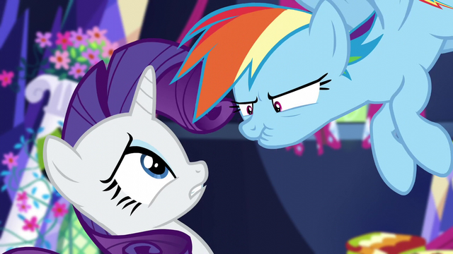 File:Rainbow Dash grumbling at Rarity S5E3.png